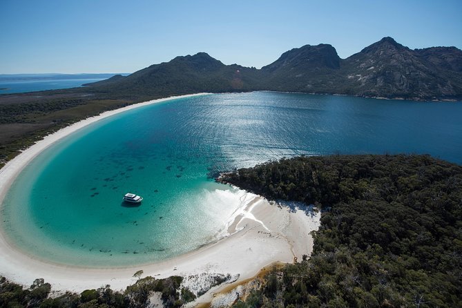 Wineglass Bay Cruise from Coles Bay - Accommodation Mt Buller