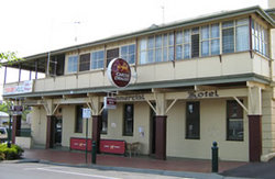 Commercial Hotel Alexandra - Accommodation Mt Buller