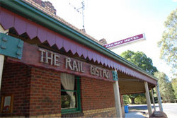 Railway Hotel - Accommodation Mt Buller