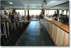 Bateau Bay Hotel - Accommodation Mt Buller