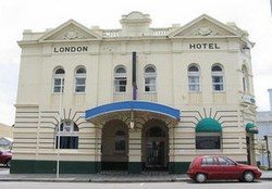 The London Hotel - Accommodation Mt Buller