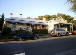 Earl of Spencer Historic Inn - Accommodation Mt Buller
