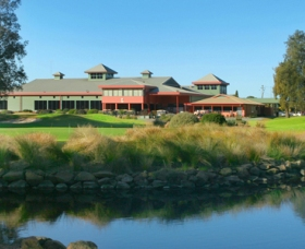 ClubCatalina Country Club - Accommodation Mt Buller