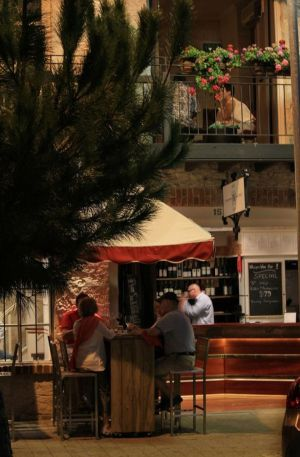 Whisper Wine Bar - Accommodation Mt Buller