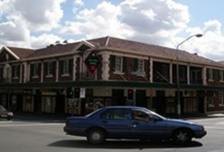 Keighery Hotel - Accommodation Mt Buller