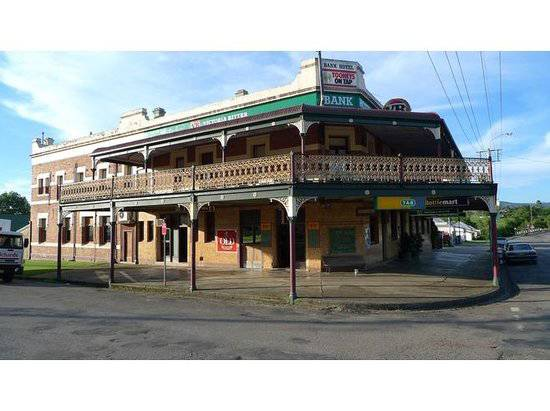 Bank Hotel Dungog - Accommodation Mt Buller