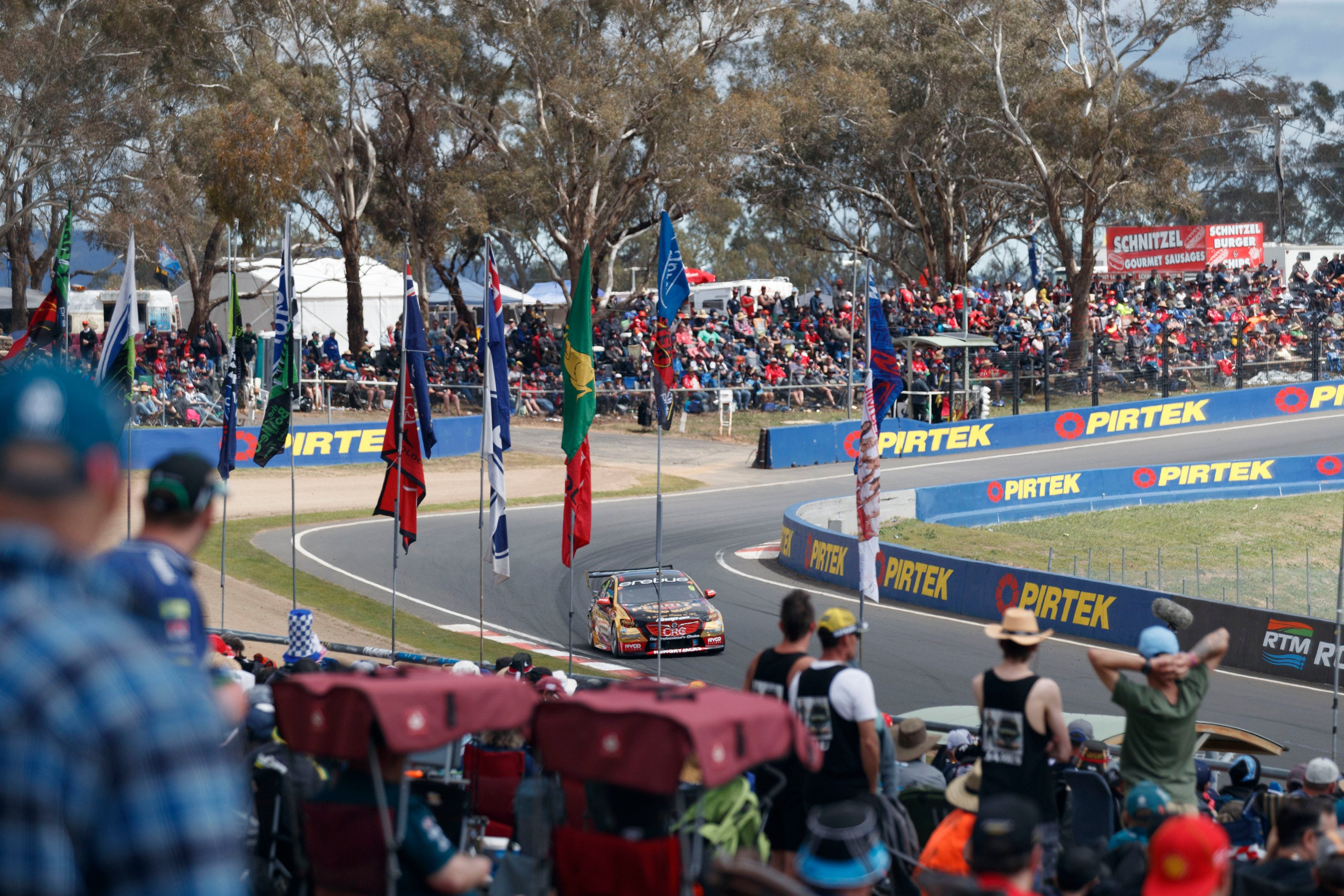 Supercars Supercheap Auto Bathurst 1000 - Accommodation Mt Buller