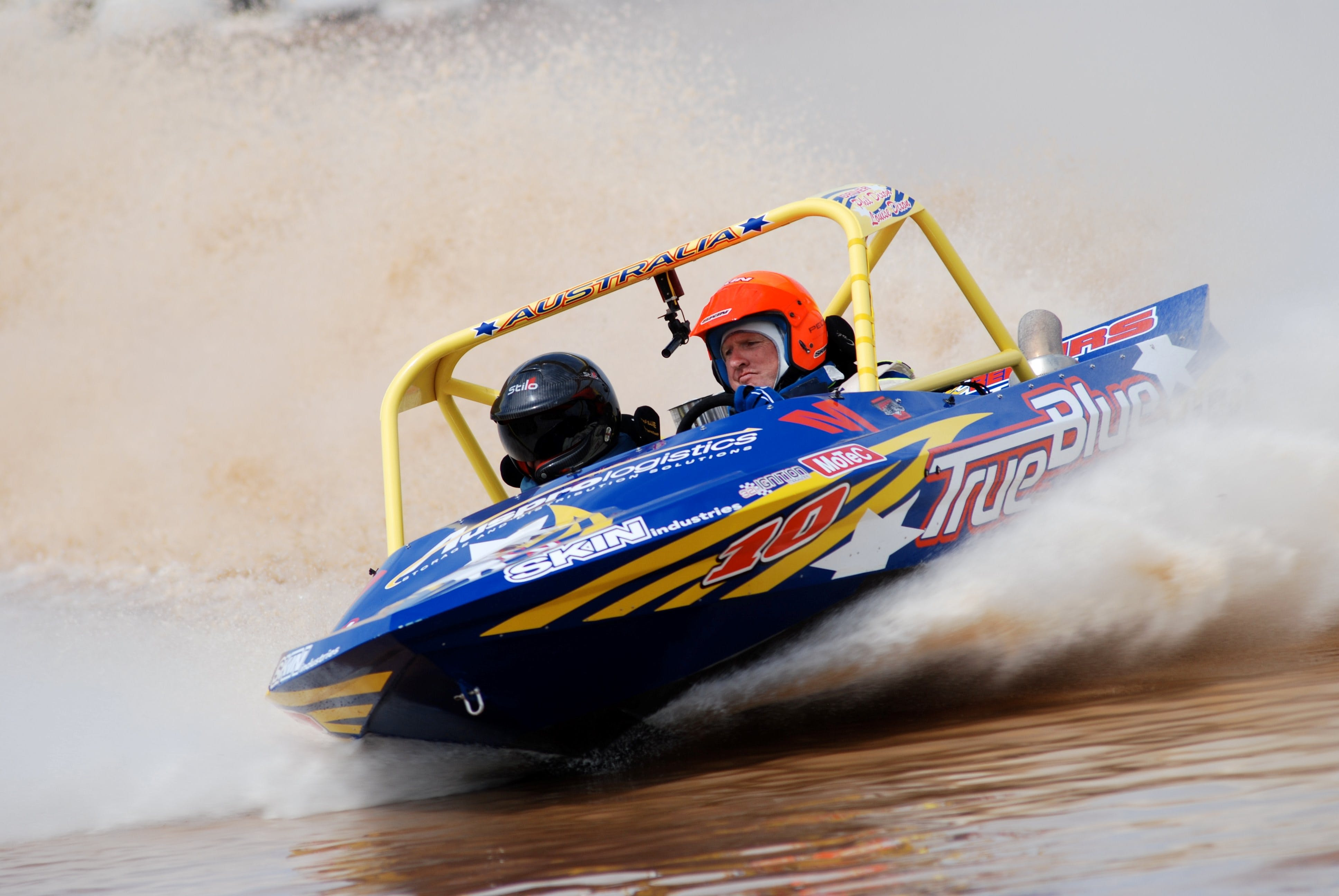 V8 Superboats - Accommodation Mt Buller