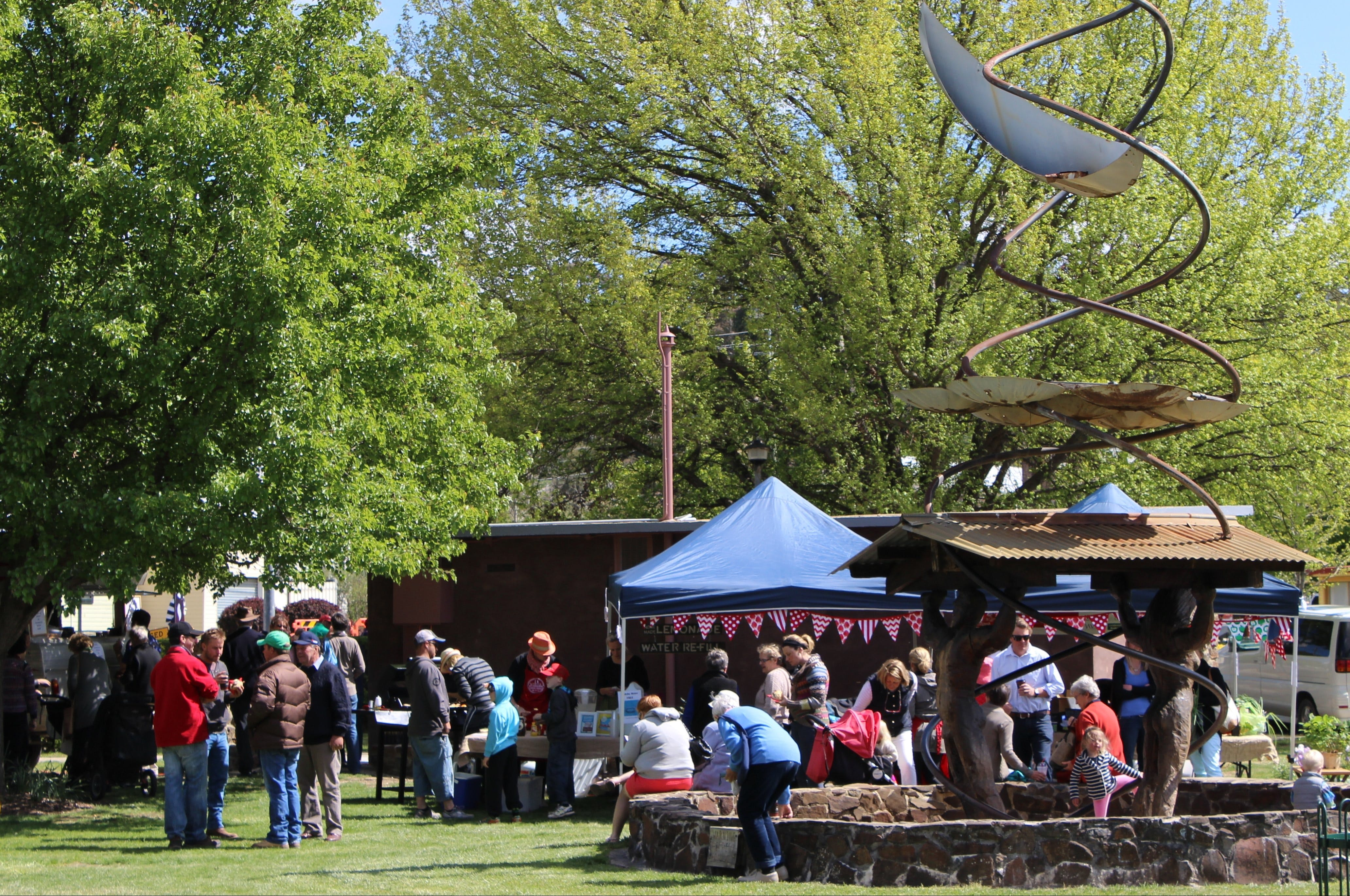 Walcha Farmers' Market - Accommodation Mt Buller