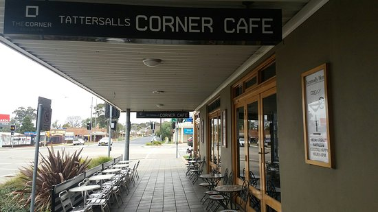 The Corner Cafe -Tatts Pub - Accommodation Mt Buller