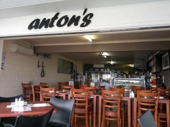 Anton's Restaurant - Accommodation Mt Buller