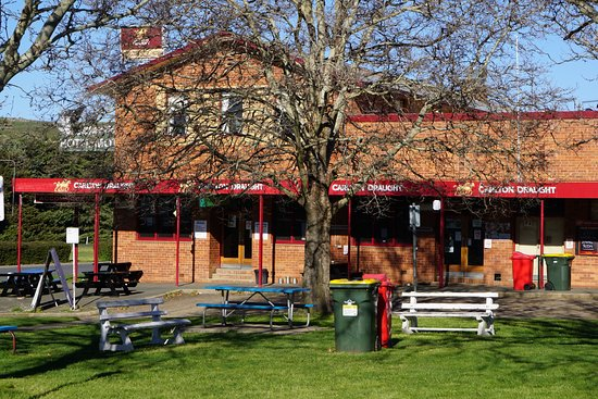 Snow Goose Hotel Adaminaby - Accommodation Mt Buller