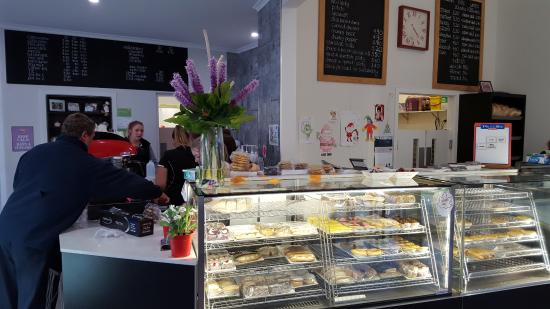 Tumut's Pie in the Sky Bakery - Accommodation Mt Buller
