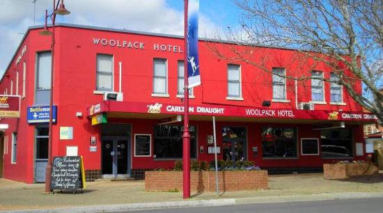 Woolpack Hotel Tumut - Accommodation Mt Buller