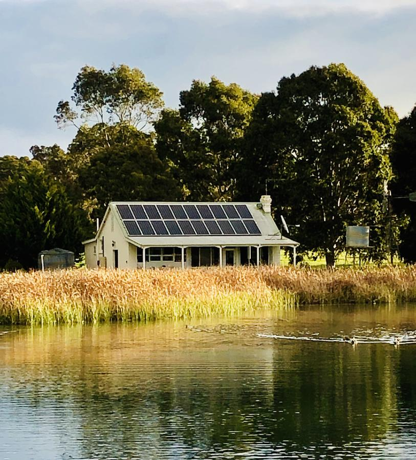 The Lake House Retreat - Accommodation Mt Buller