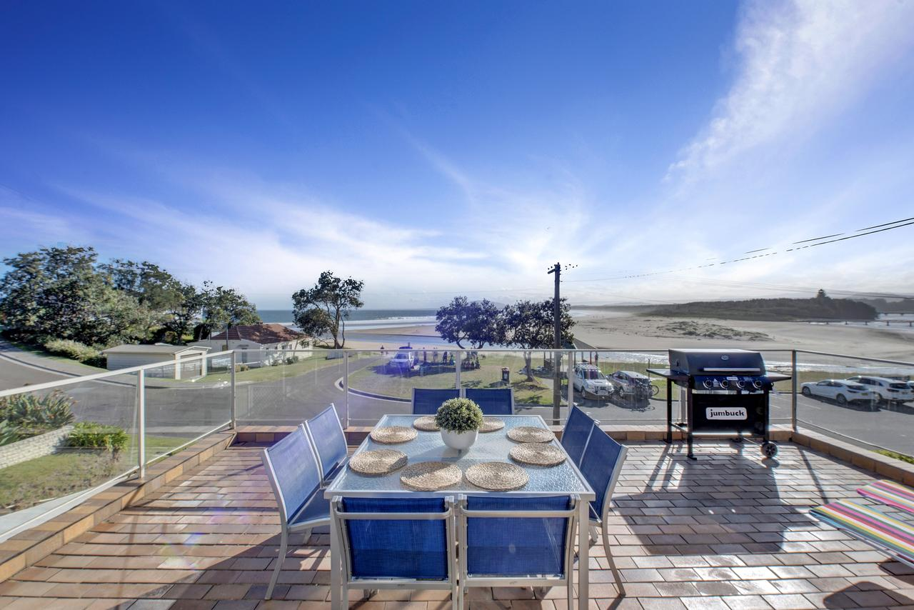 The Rotunda  Gerroa - Pet Friendly Beachfront - Accommodation Mt Buller