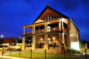 Perry Street Hotel - Accommodation Mt Buller
