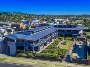 Lennox Holiday Apartments - Accommodation Mt Buller