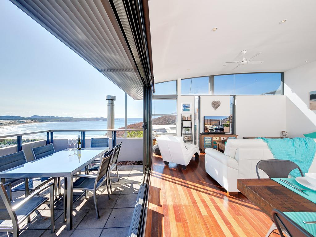 One Mile Cl Townhouse 22 26 The Deckhouse - Accommodation Mt Buller