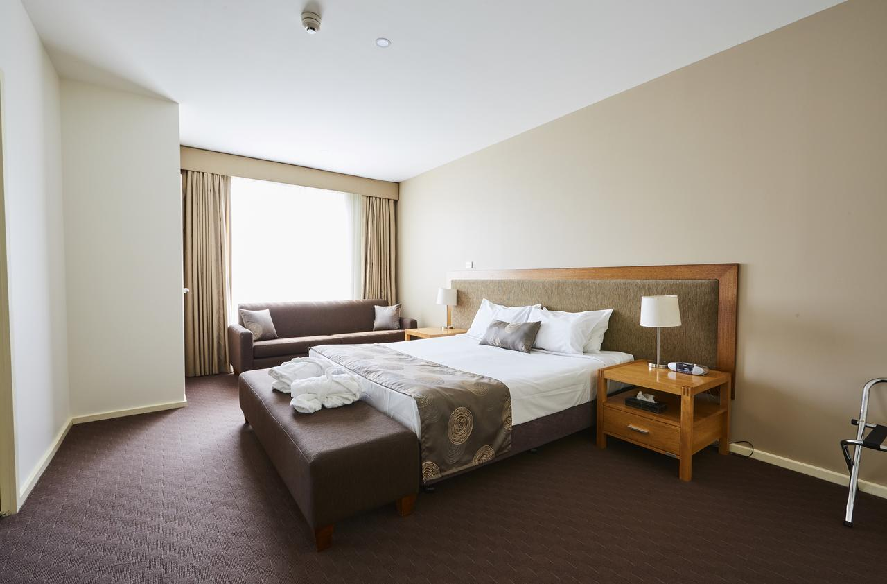 Mornington Hotel - Accommodation Mt Buller