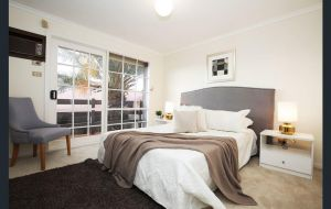 The Gallery Hours - Accommodation Mt Buller