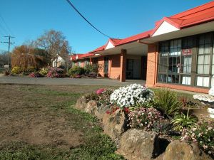 Ambassador Motor Inn - Accommodation Mt Buller